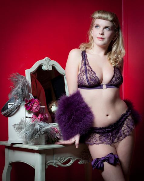 Burlesque & Boudoir © Tigz Rice Studios 2012