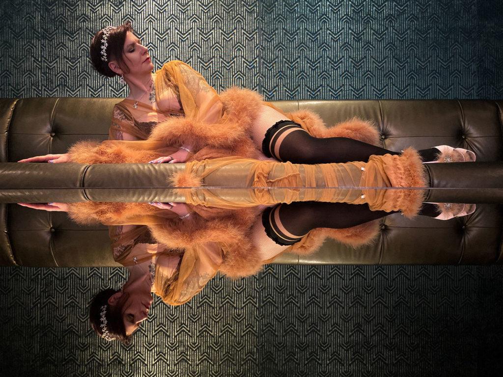 Anne's Virtual Boudoir Shoot wearing a Catherine Dlish Robe © UK Boudoir Photographer Tigz Rice Ltd 2021. https://www.tigzrice.com