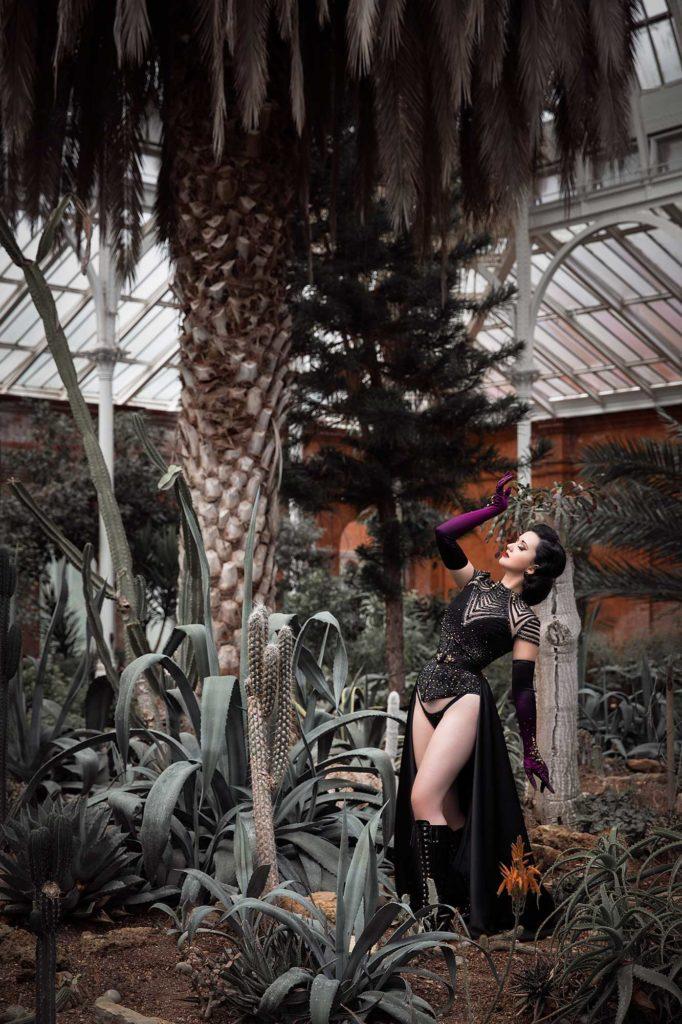 Eliza Delite by burlesque photographer Tigz Rice 2019