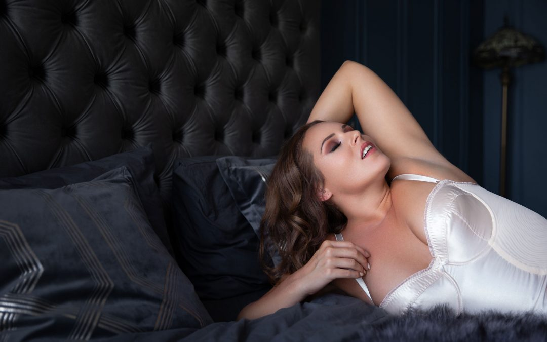 Boudoir Makeover Photoshoot Experience: December 2018