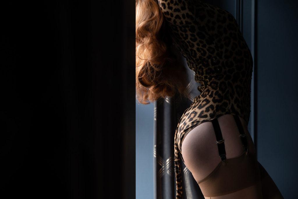 Burlesque Performer Felicity Furore shot in the Art Deco Boudoir by Tigz Rice