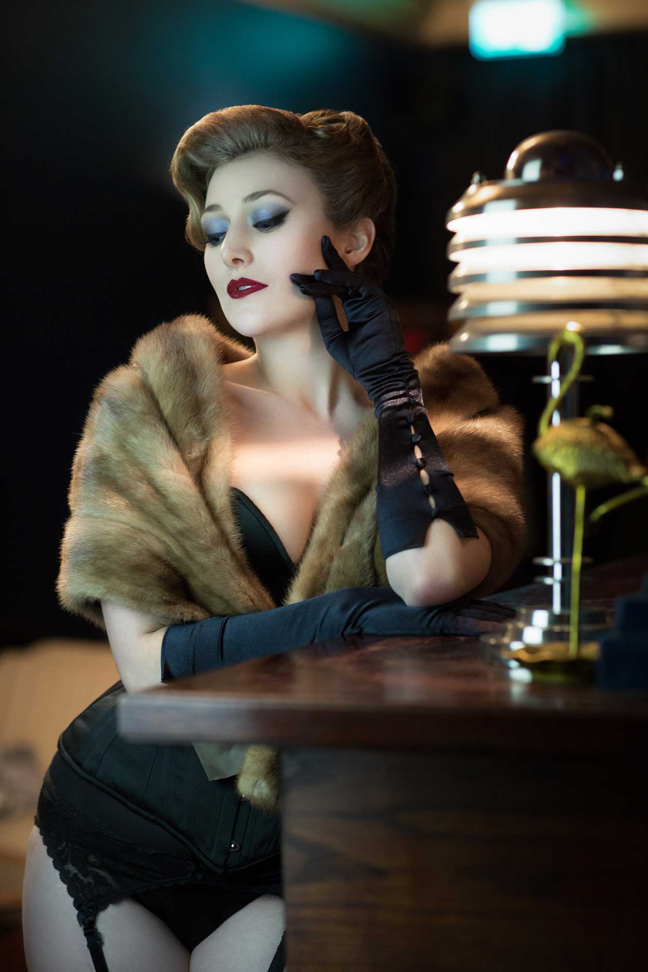 boudoir shoot with Jolie Papilon, burlesque performer, London