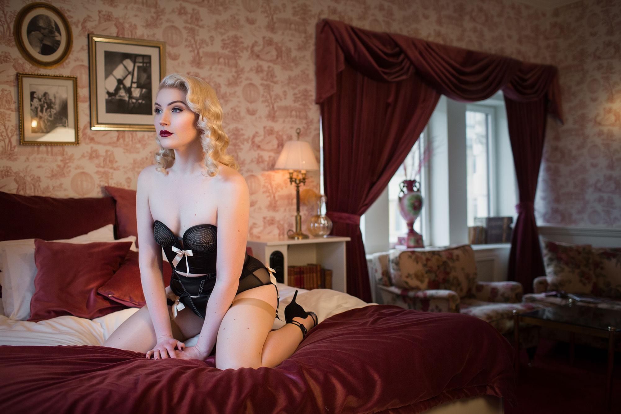 Fuller Bust Bras: Georgie Glamour wears Bettie Page Lingerie