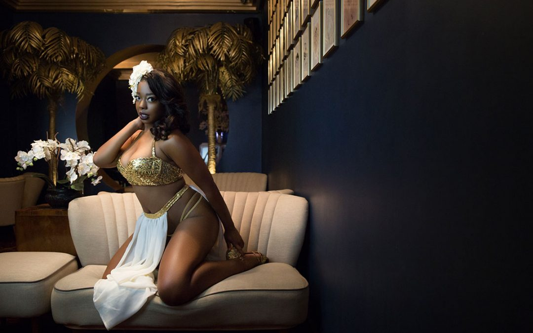 An Interview With: Burlesque Performer Jessabelle Thunder