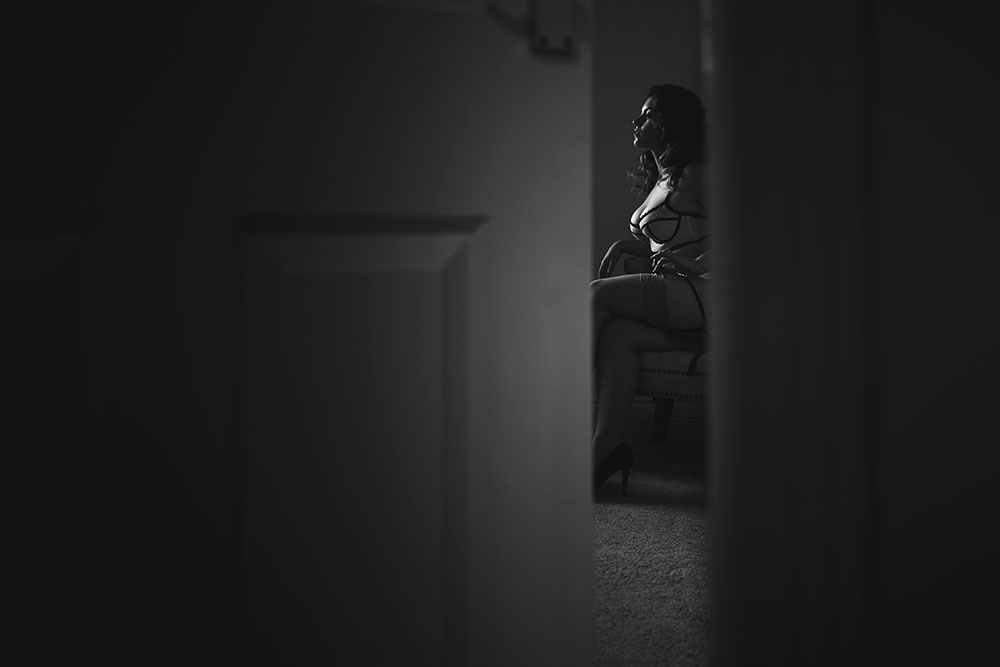 Joanna Woodward boudoir lingerie series 'voyeur' © Tigz Rice Studios 2016. http://www.tigzrice.com