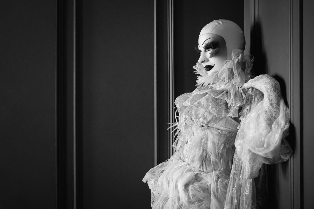 Burlesque Performer Marnie Scarlet