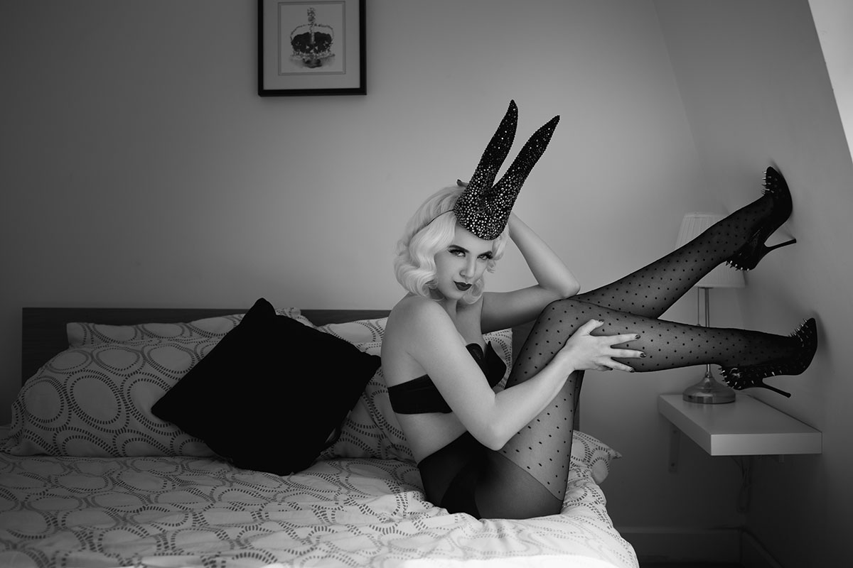 Give the gift of boudoir with UK boudoir Photographer Tigz Rice