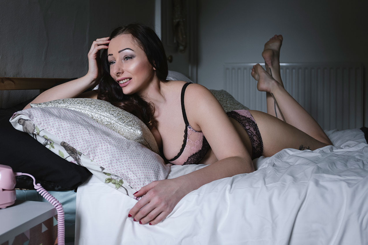 Hettie Heartache Boudoir Shoot © Tigz Rice Studios 2016. https://www.tigzrice.com