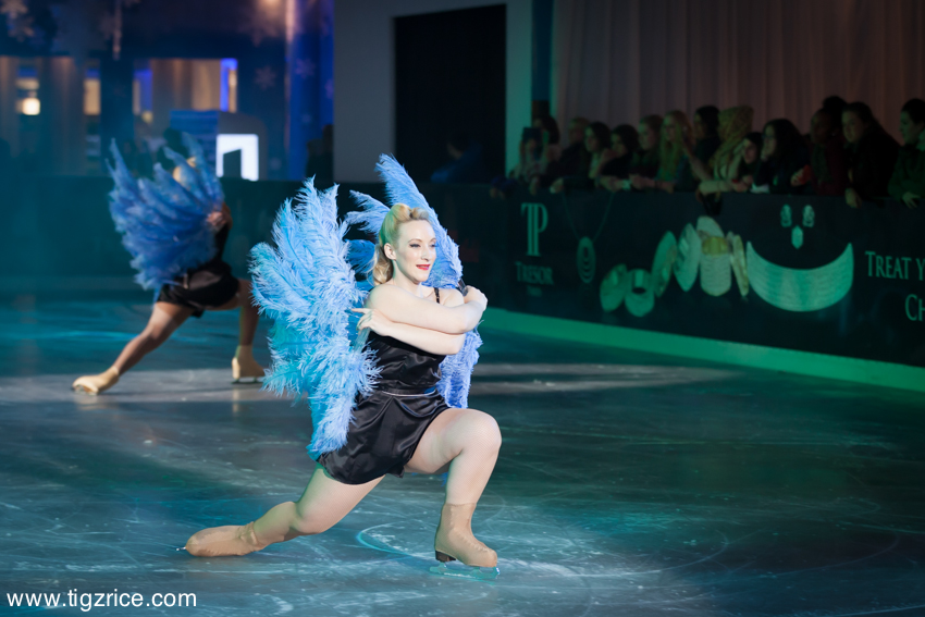 TigzRiceStudios_2013_Westfield Burlesque On Ice_15
